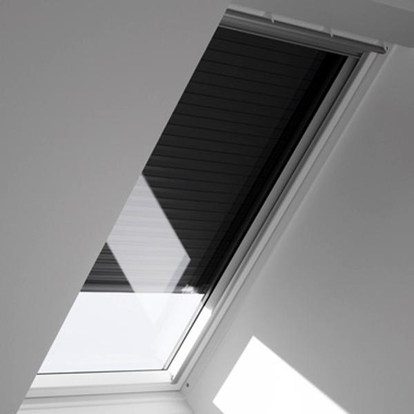 velux dachfenster mk06 affordable velux dachfenster ggu mk reserviert with velux dachfenster. Black Bedroom Furniture Sets. Home Design Ideas